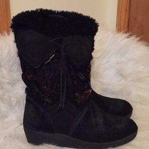 Tecnia goat hair boots 👢
